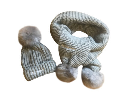 DUO HAT AND SCARF SET