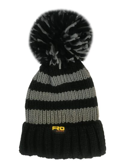 Defeat chunky bobble hat
